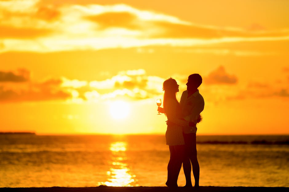 couple and sunsset